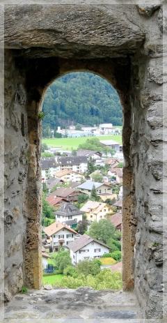 Meiringen-Turm der Burg Resti